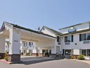 Par Days Inn & Suites Gresham (Days Inn & Suites Gresham)