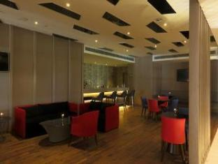 Фото отеля Ramada by Wyndham Lucknow