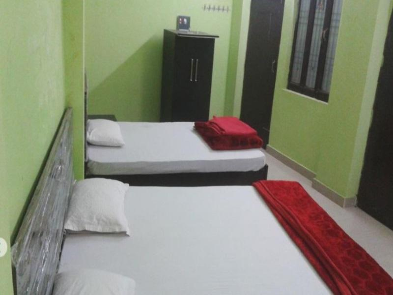 Review RLJ Guest House