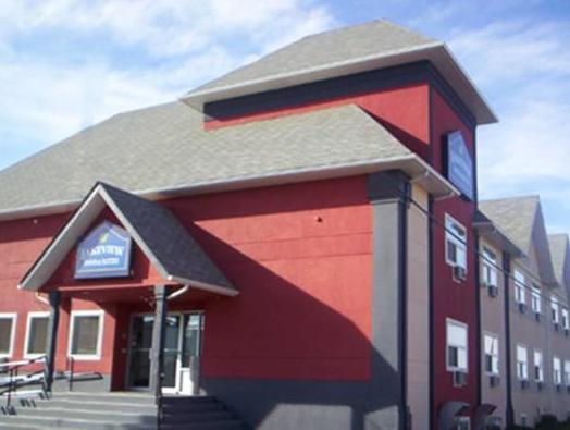 Lakeview Inns And Suites   Fort St. John