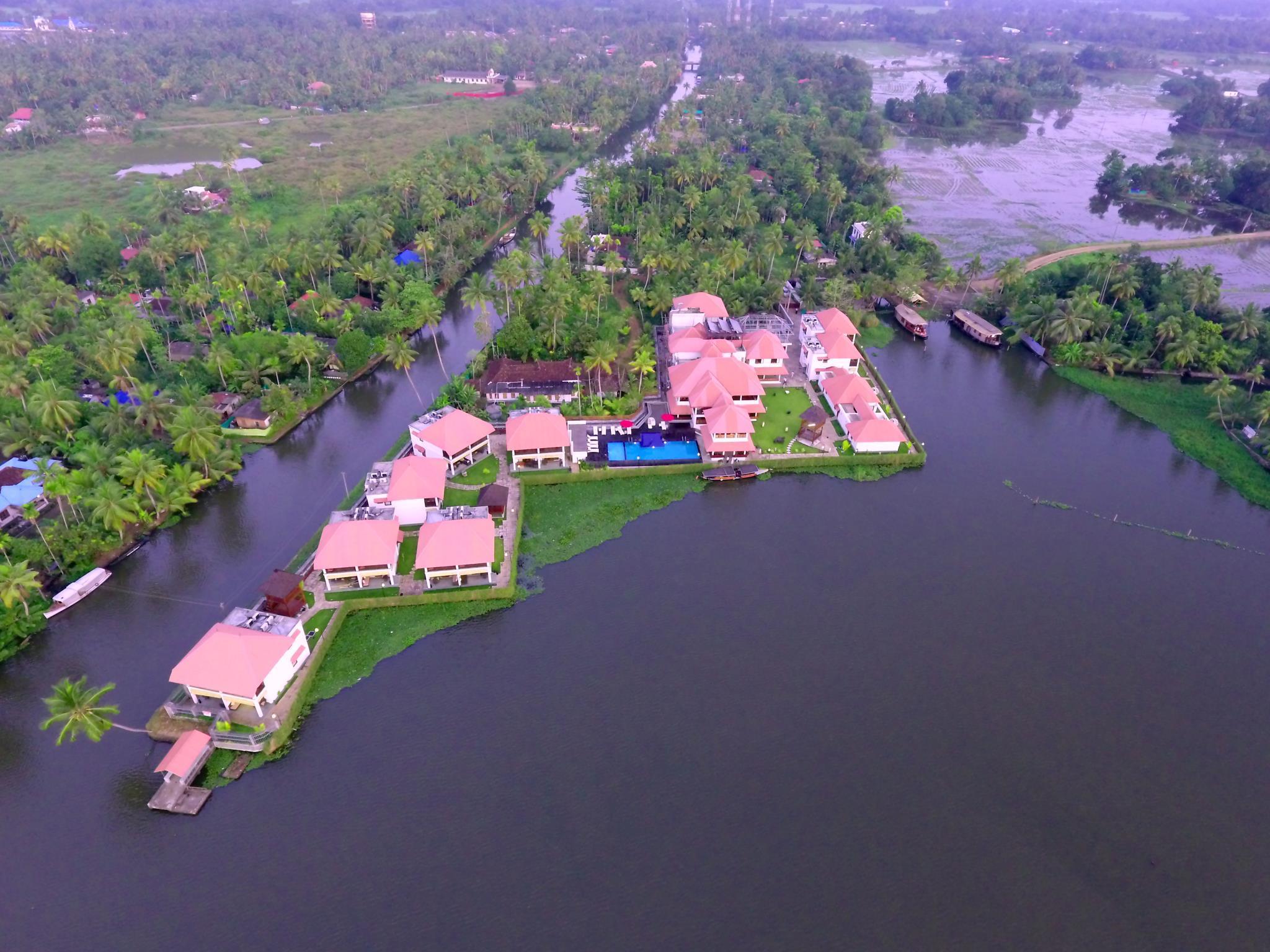 Review Paloma Backwater Resorts