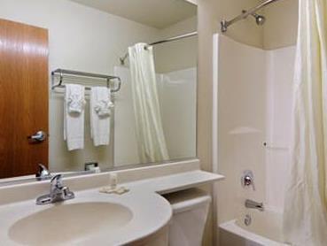 Americas Best Value Inn & Suites Ada