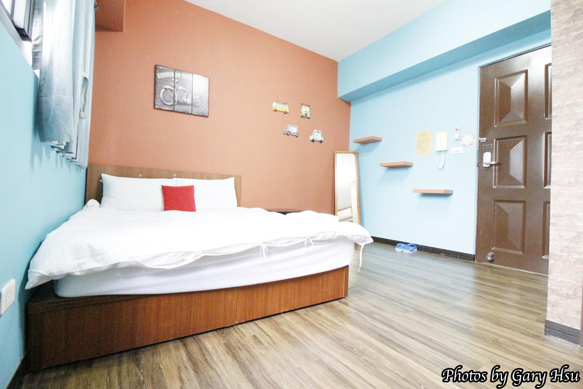 301 Business Twin Room