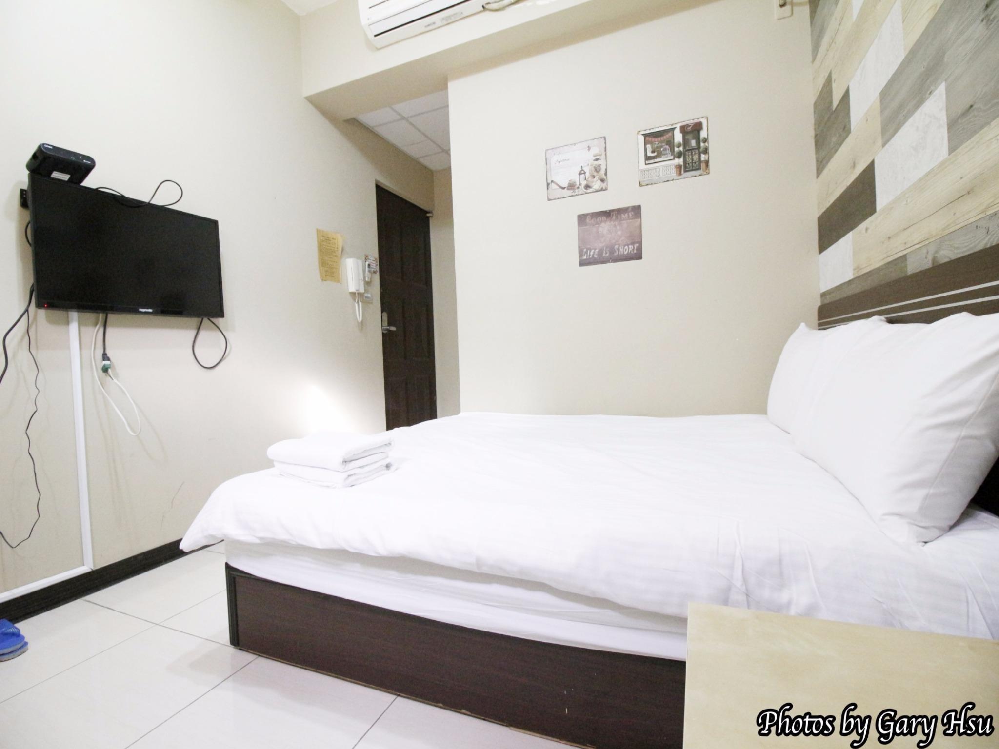 302 Star Double Room