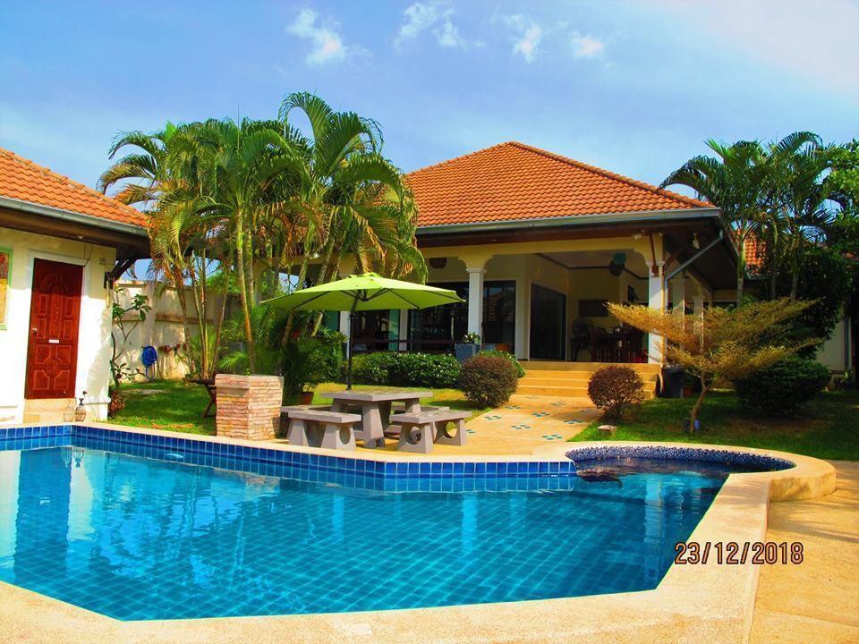 Luxury Pool Villa Rayong Luxury Pool Villa Rayong