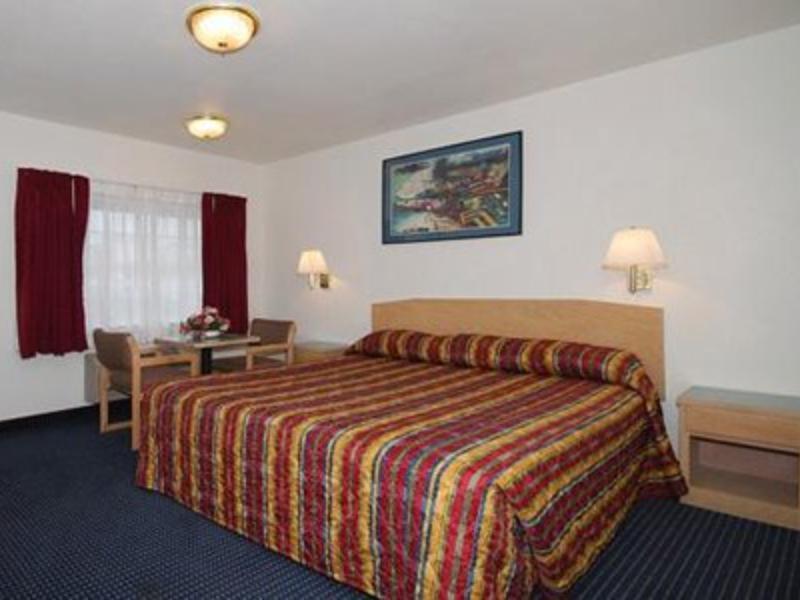 Rodeway Inn Beaumont 1 10