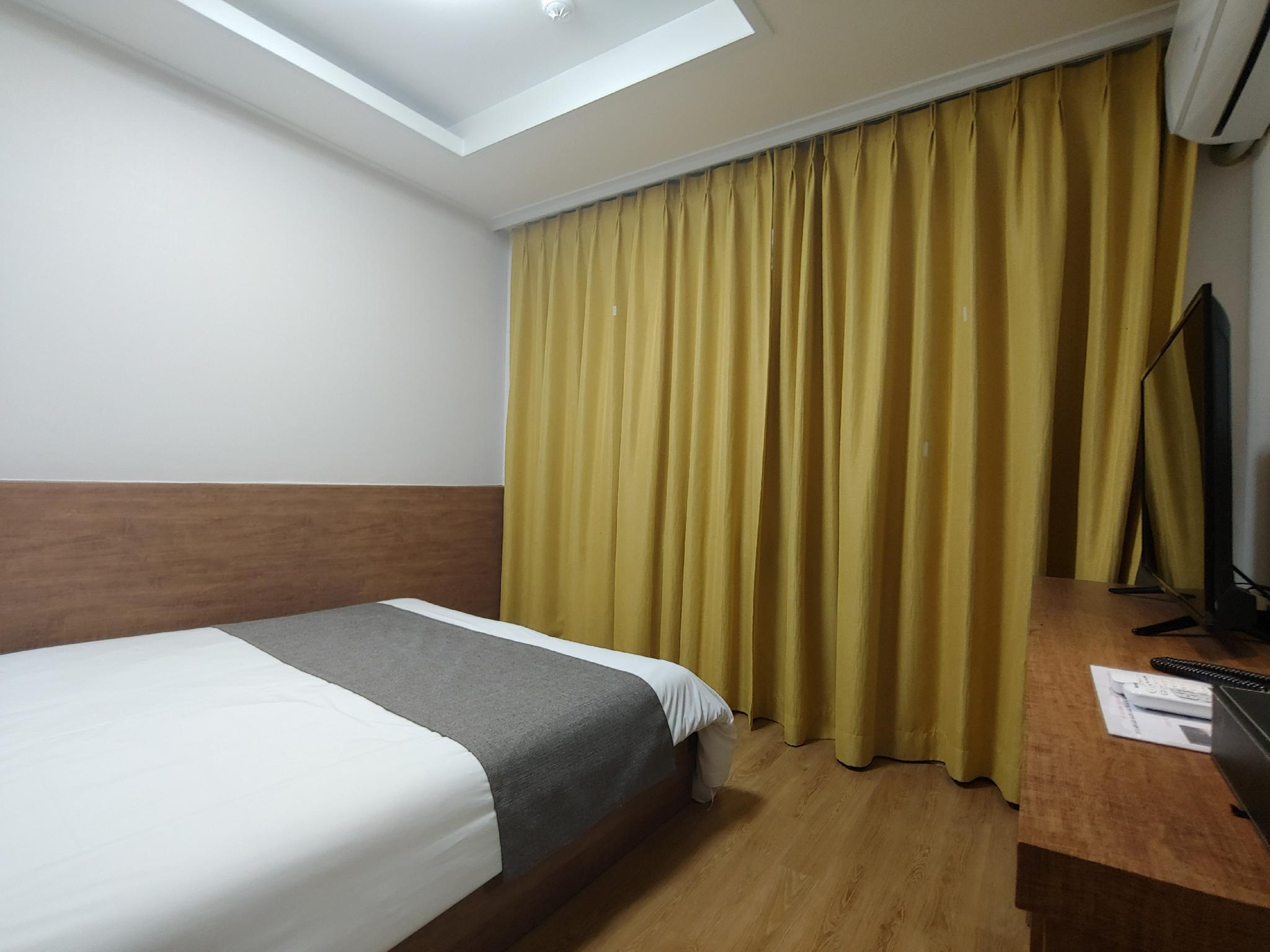 Gallery Hotel BnB 2
