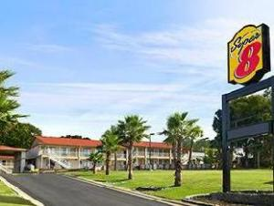 Super 8 Motel  Crestview