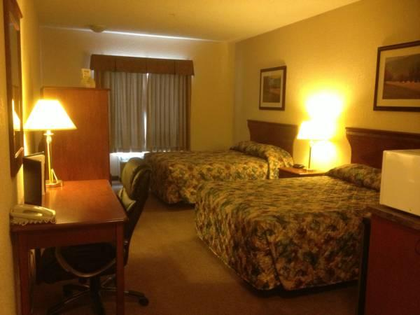 Lakeview Inns & Suites   Chetwynd