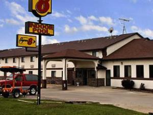 Super 8 Motel Grinnell Ia