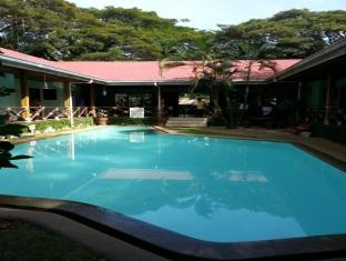 Moana Hotel Inn and Diving Center
