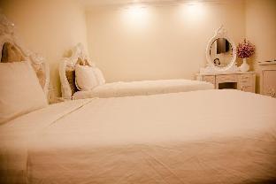 %name Hoa Sen Vang Hotel Dalat Dalat