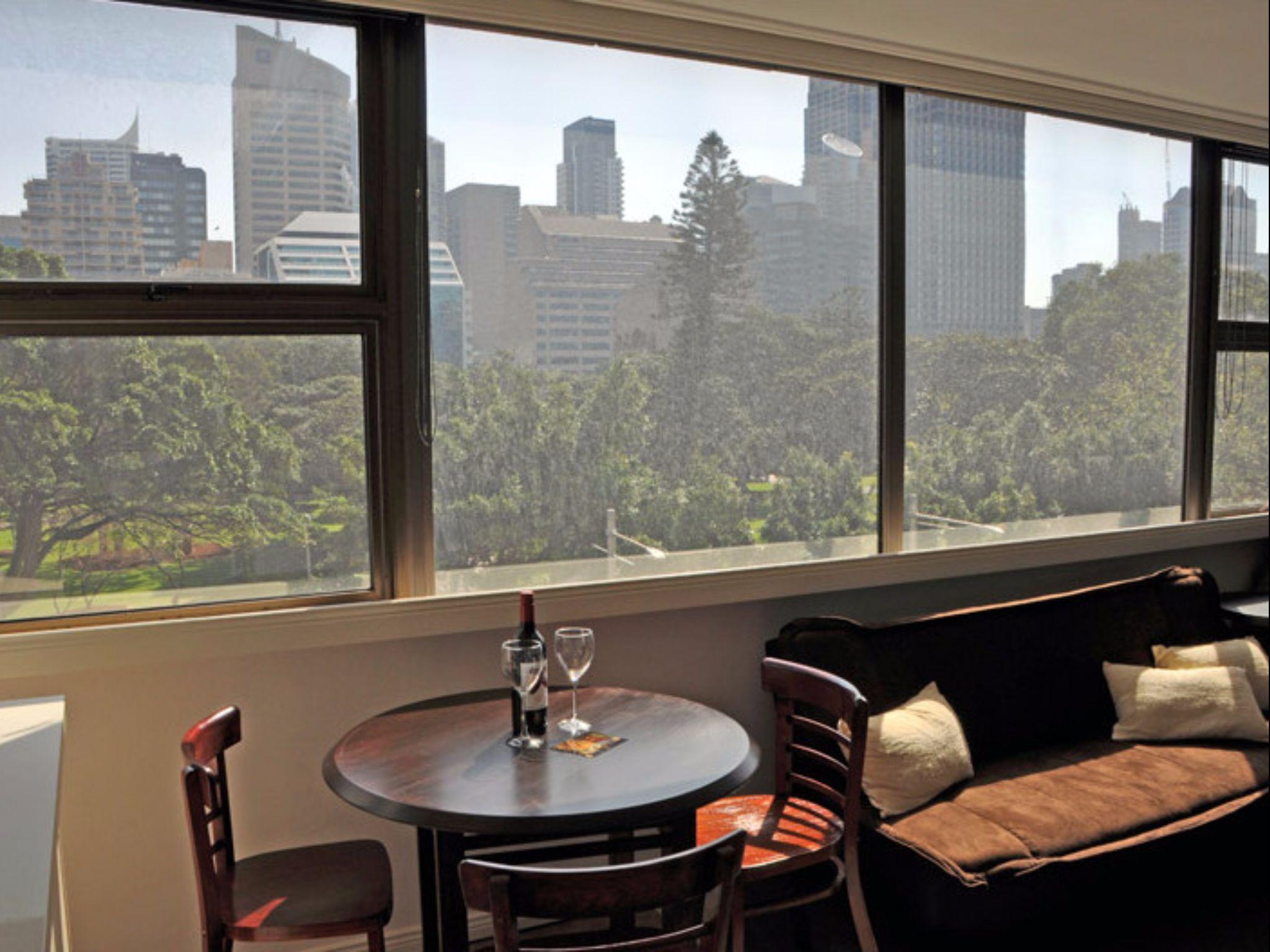 Sydney Centre College St   Park View Studio