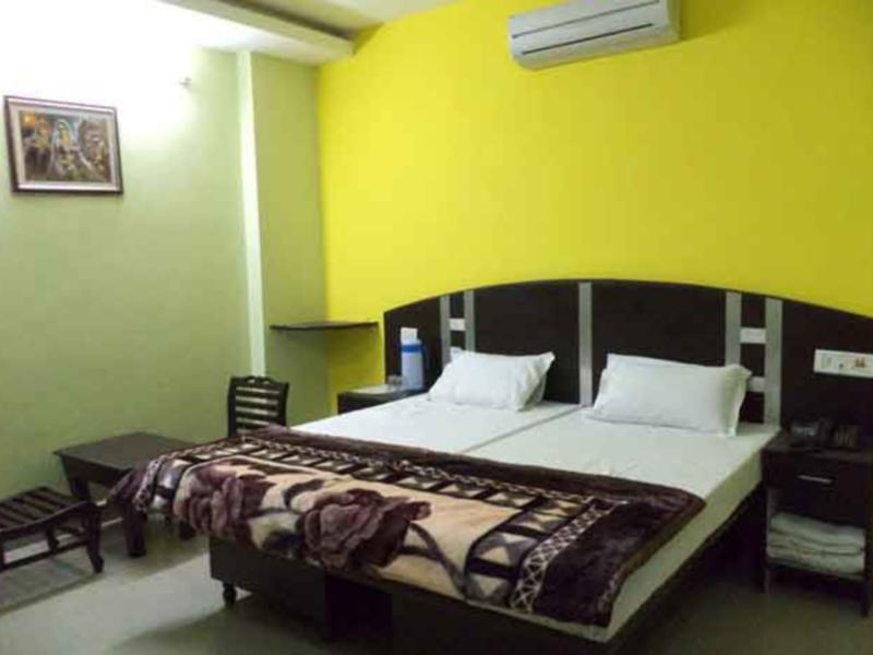 Price Hotel Surya Plaza