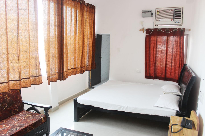 Hotel Tara Inn