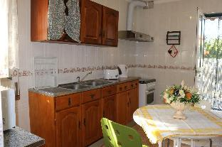 Apartment  with full kitchen  bedroom with double bed and bathroom