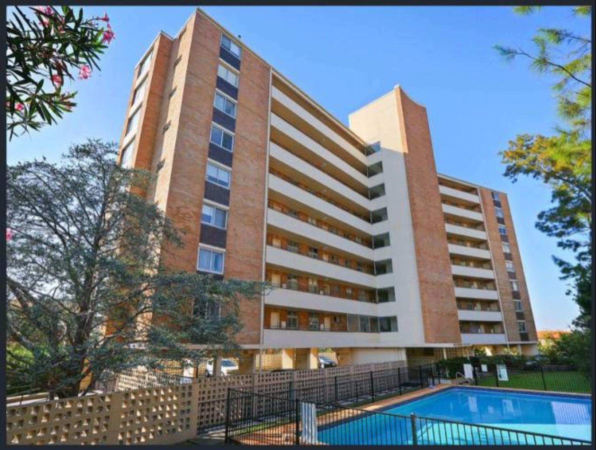 WY704   Wyagdon St Apartment