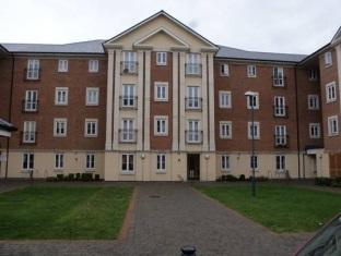 Фото отеля Brunel Crescent Apartments