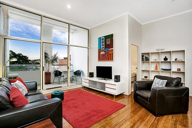 SHILL   Campbell Street Apartment