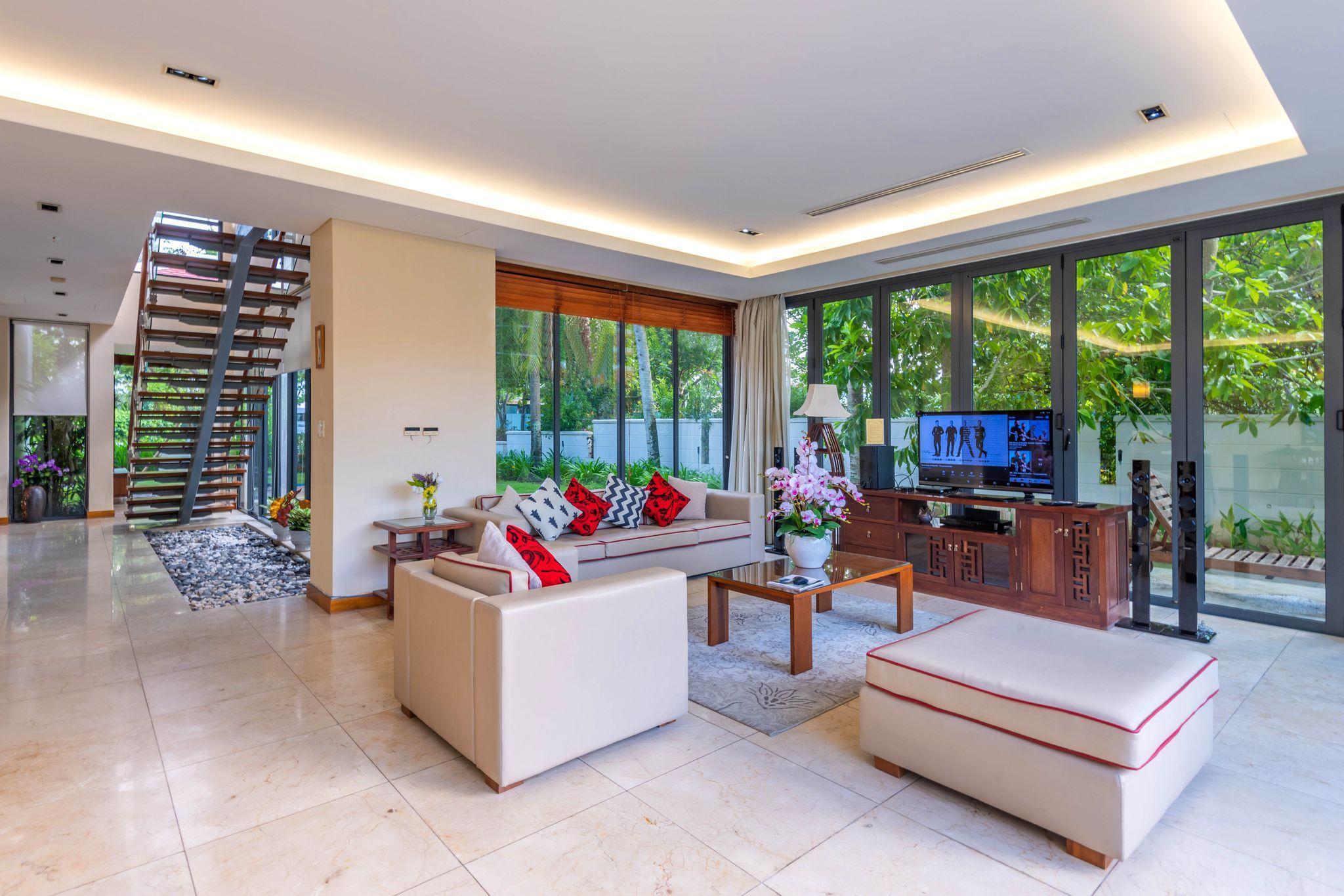 Ocean Luxury 3 Bedrooms Garden View Villa Da Nang