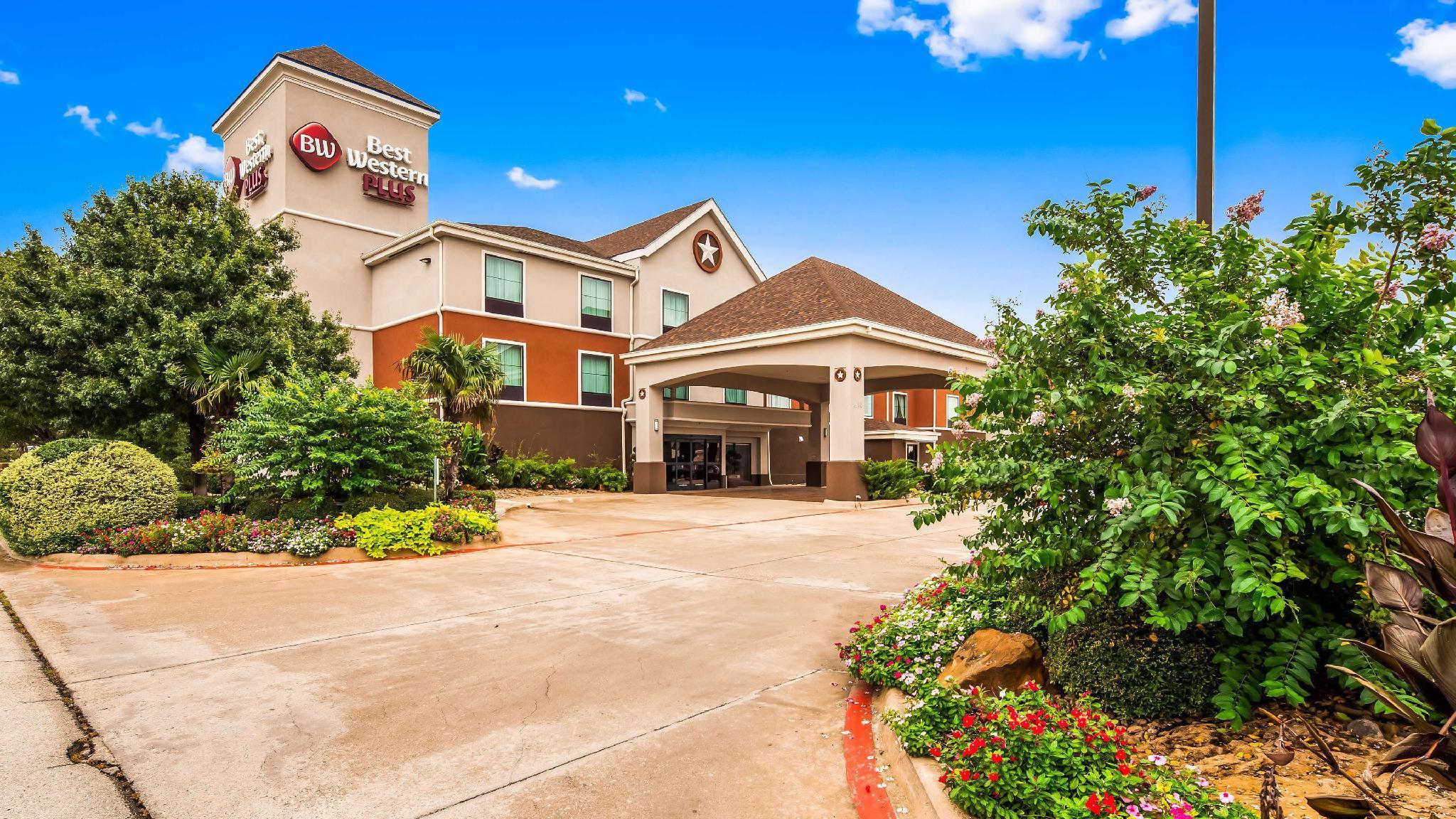 Best Western Plus Denton Inn and Suites