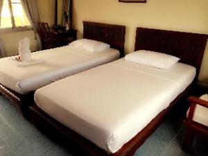 โรงแรมลัลโค เออาร์ (Lalco AR Hotel)