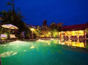 พกา วิลล่า โฮเต็ล (Phka Villa Hotel)