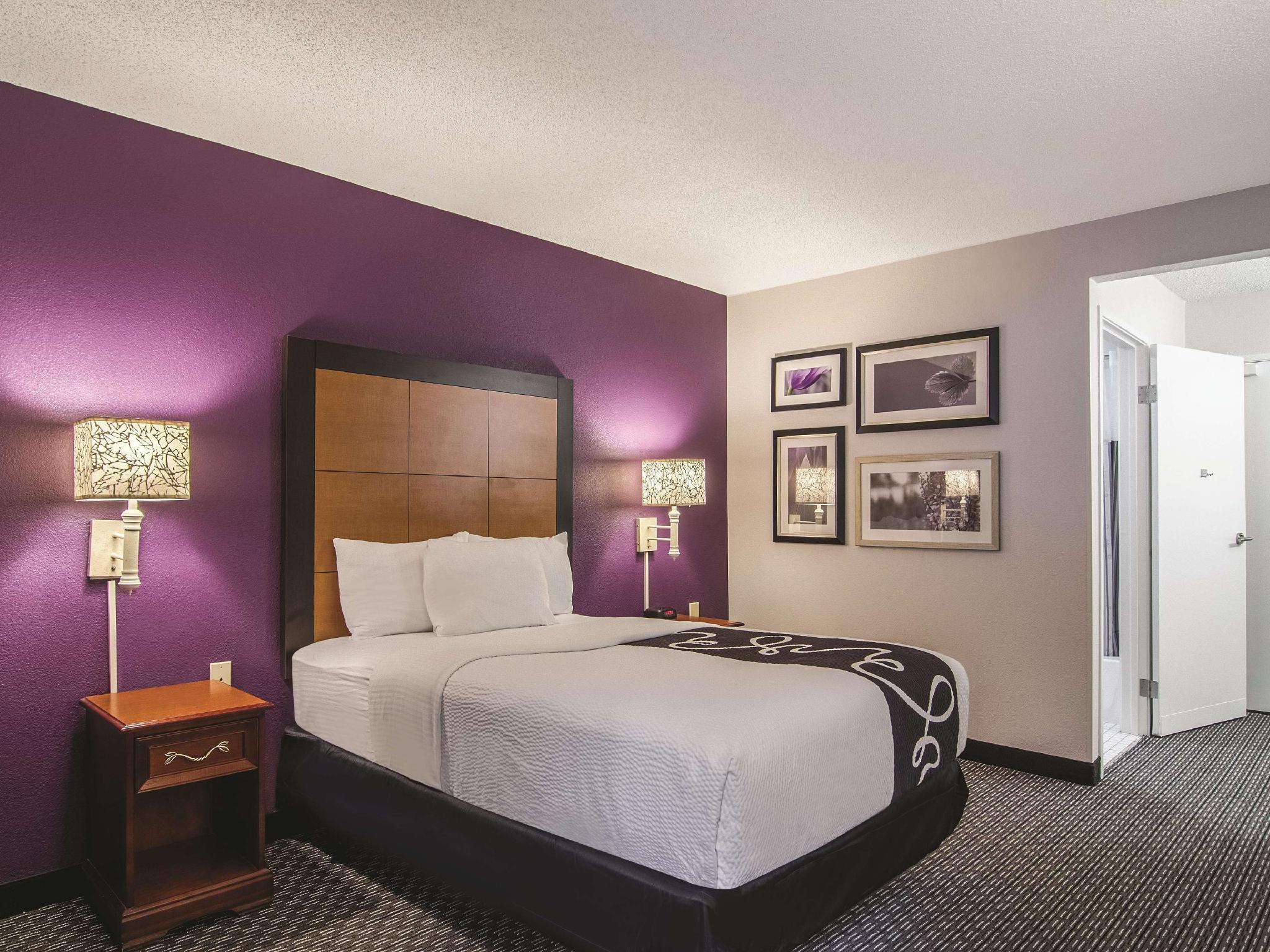 La Quinta Inn & Suites By Wyndham Miami Airport East