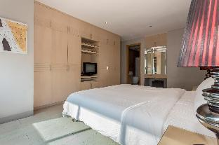 picture 2 of The Luxe Sleek 3 Bedroom
