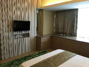 picture 2 of Shang Luxury Suites 1BR 1 near One Shangri-la Mall