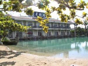 Swan Lake Villa Resort