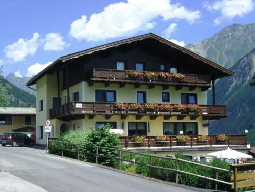 Haus Montjola