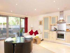 Cleyro Serviced Apartments - Harbourside