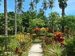 picture 4 of Las Cabanas Beach Resort