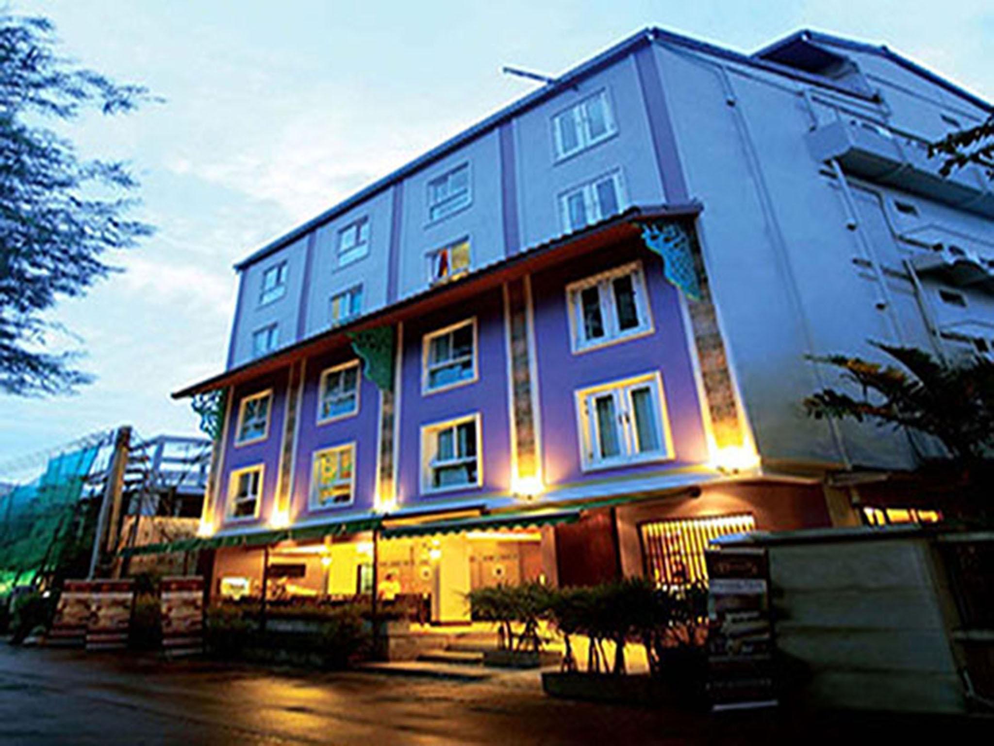 Sawasdee Hotel Sukhumvit Soi 8 - Bangkok