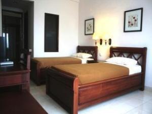 Nirwana Suites