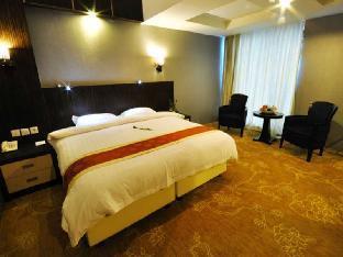Hermes Palace Hotel Medan ƒ?? Managed by Bencoolen