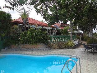 picture 1 of Olman's View Resort