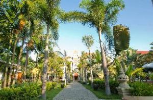 บูติก รีสอร์ท ลา เทรดดิชั่น ดังกอร์ (La Tradition d'Angkor Boutique Resort)