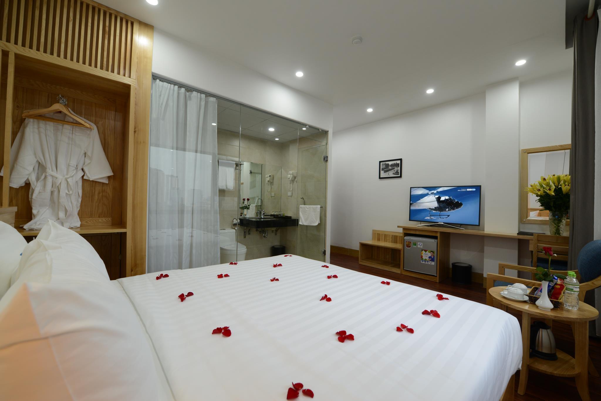 Blue Hanoi Inn City Hotel