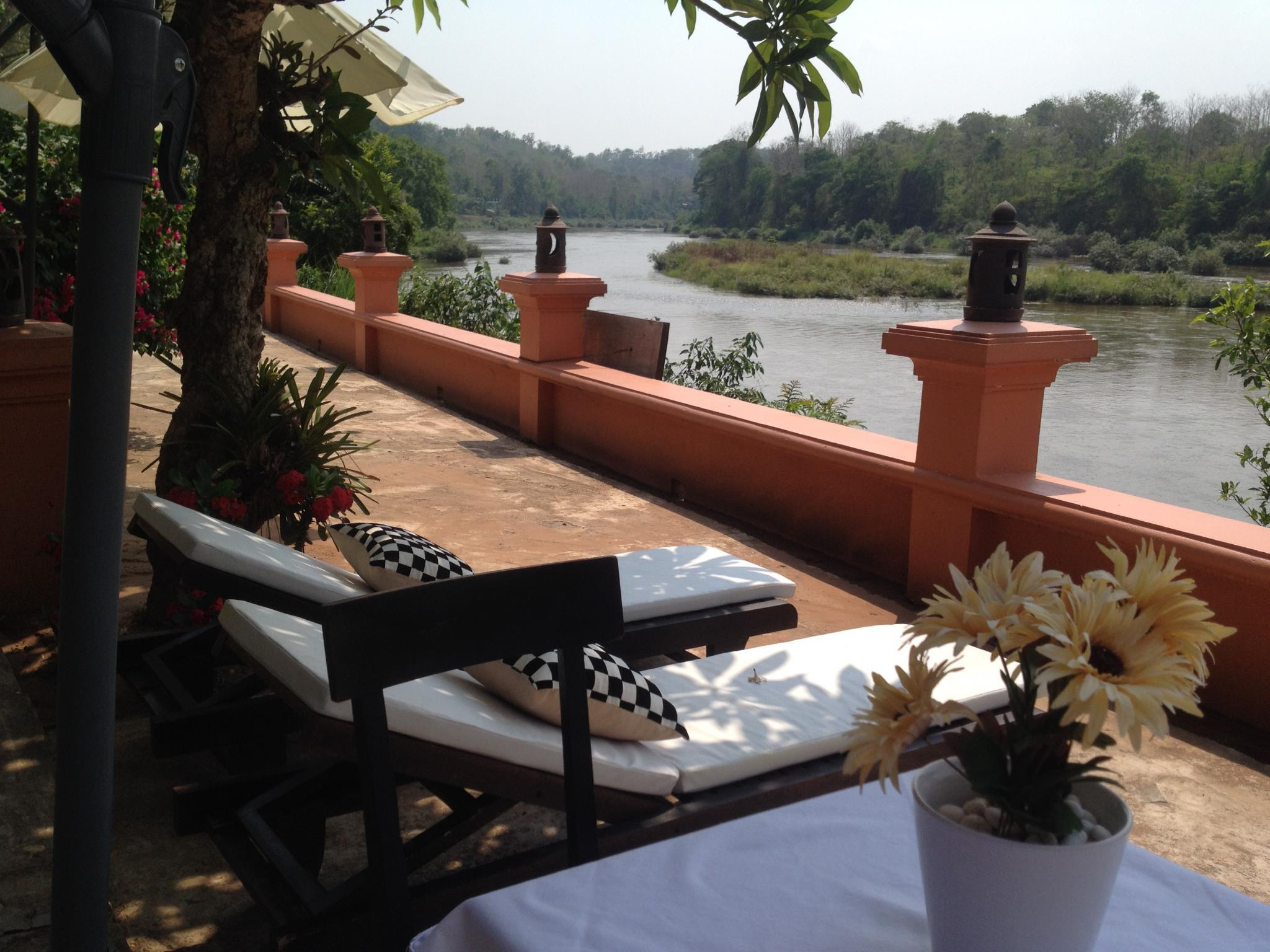 Vang Ngern River Resort