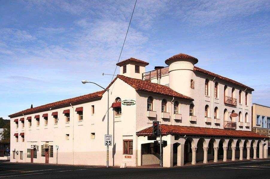 Historic Sonora Inn