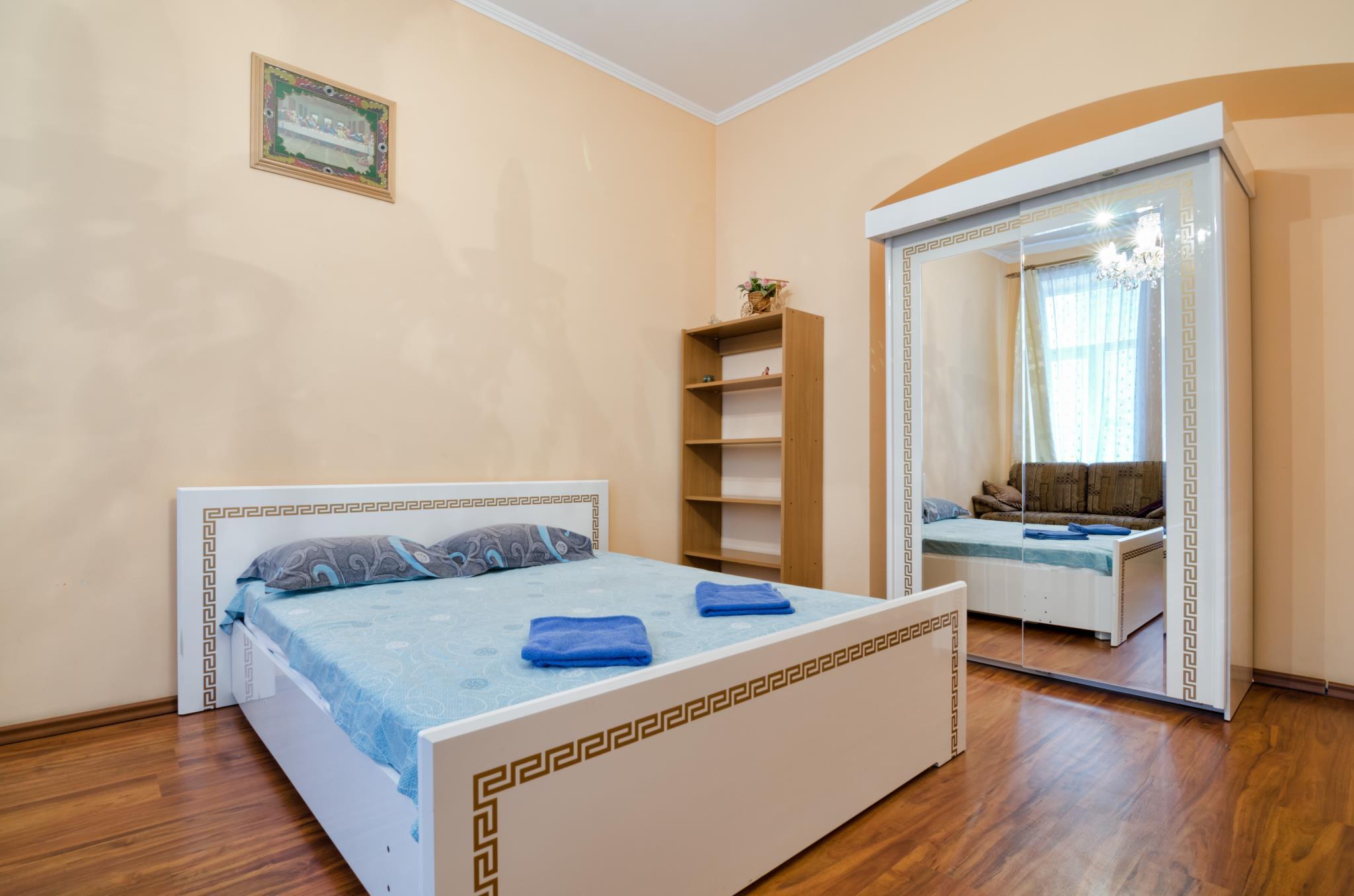 One Bedroom Apartment On St. Teodora Sqr. 3