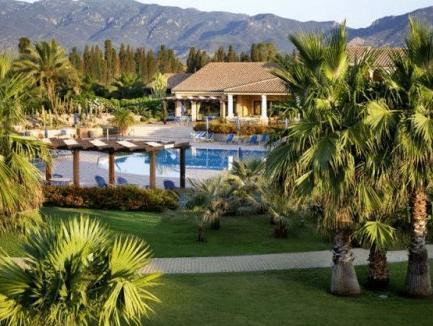 Lantana Resort HotelandApartments