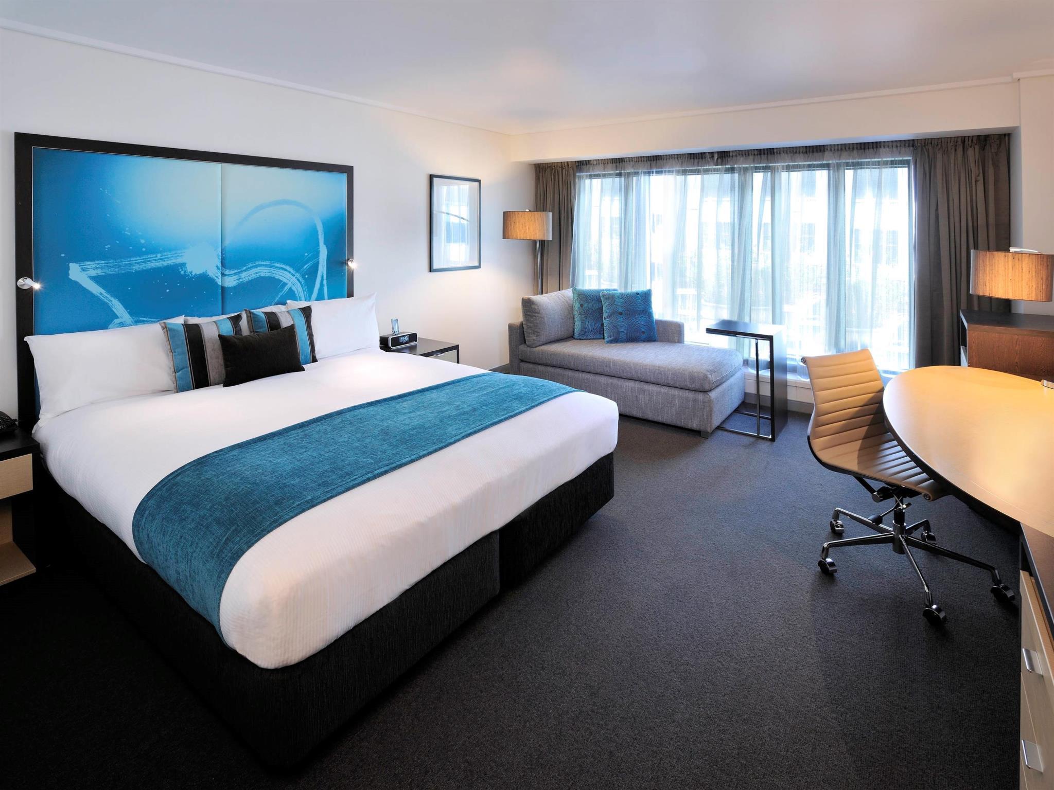 Novotel Melbourne On Collins Hotel