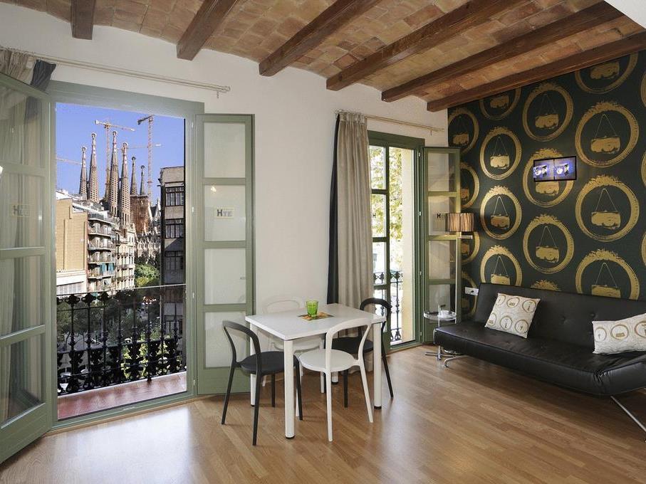 Apartments Hostemplo Suites