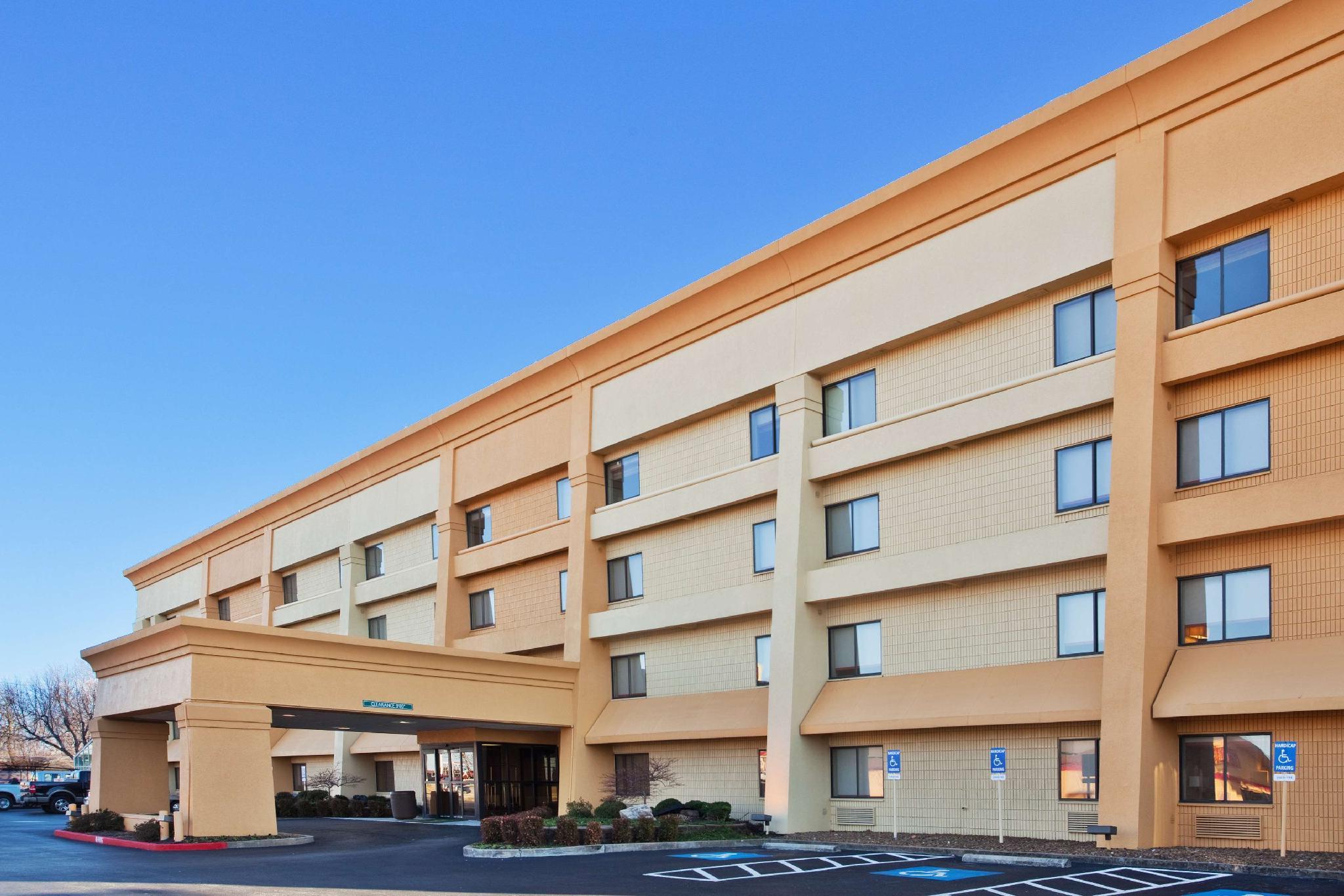 La Quinta Inn And Suites By Wyndham Springdale