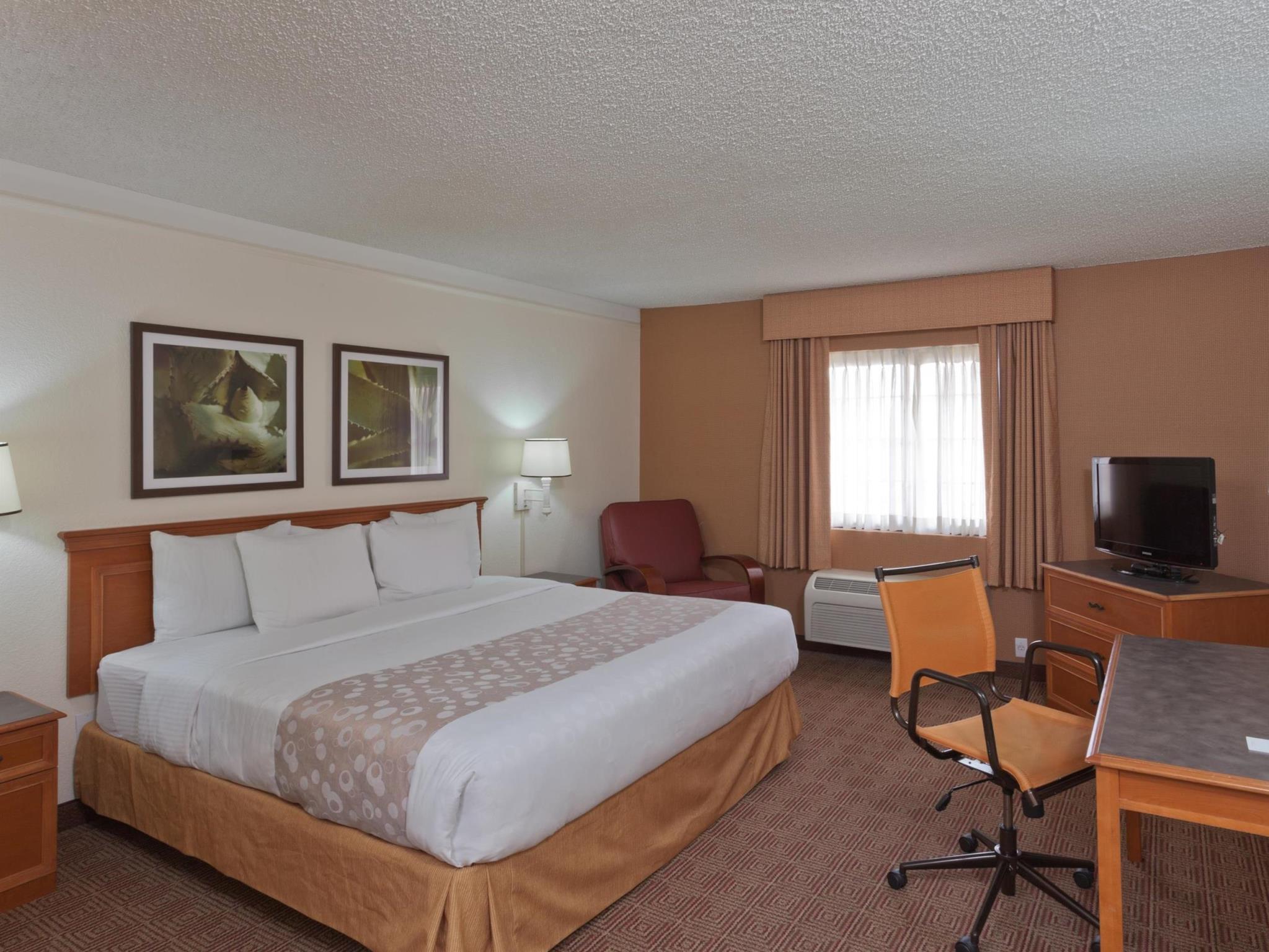 La Quinta Inn & Suites Las Vegas Airport North Convention Center