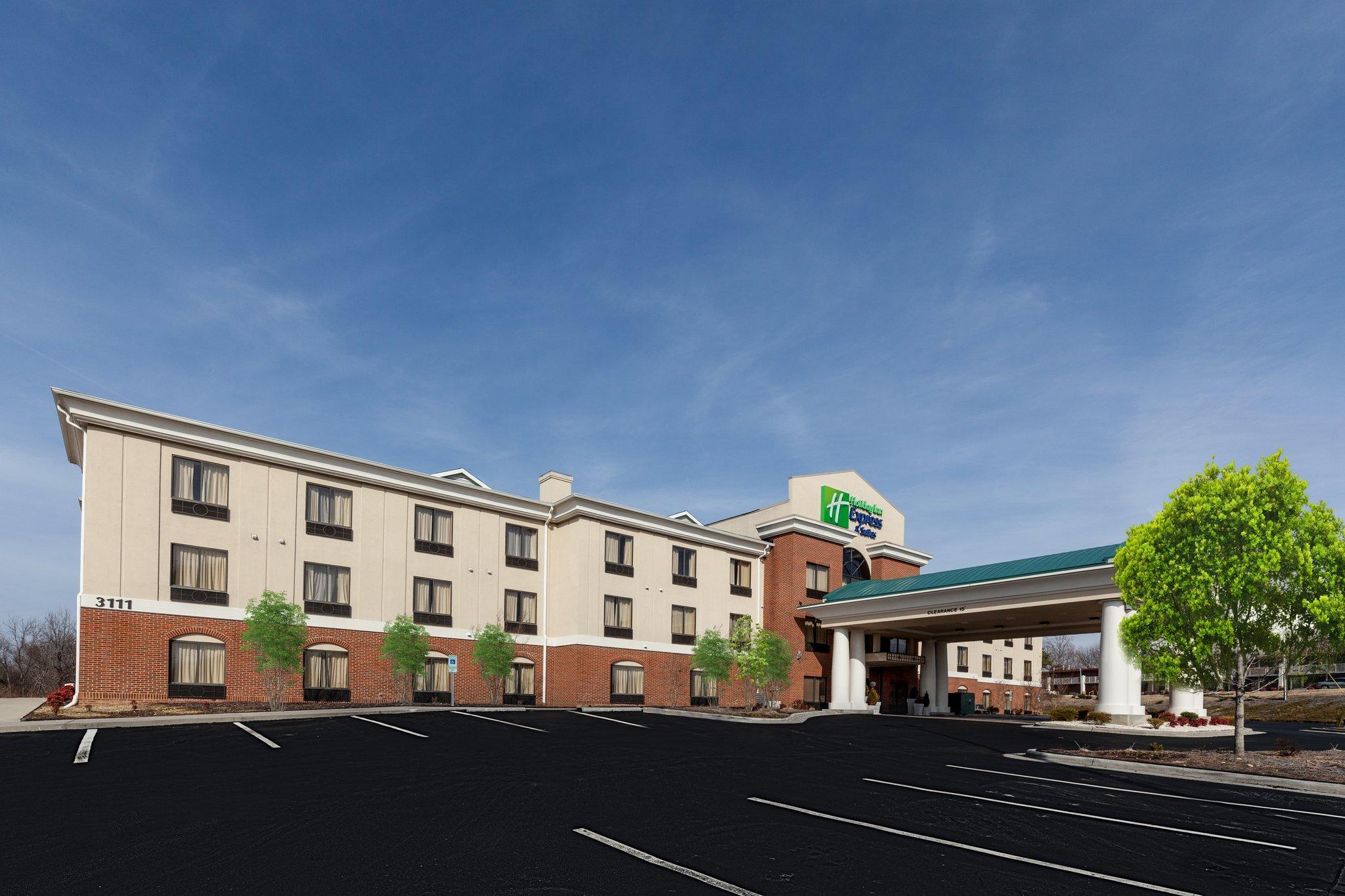 Holiday Inn Express Hotel And Suites Greensboro East