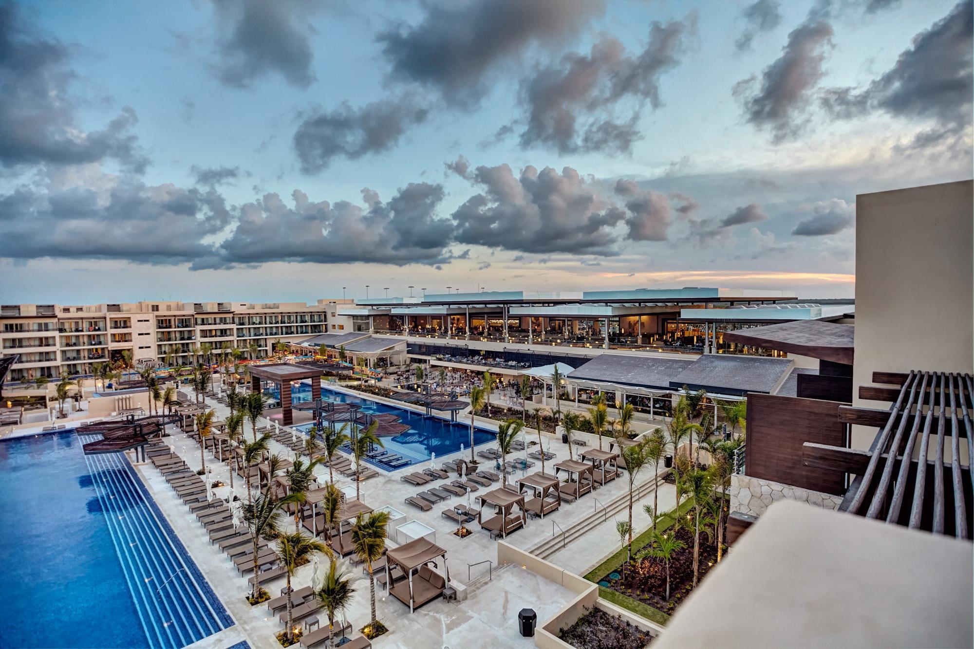 Royalton Riviera Cancun Resort And Spa   All Inclusive